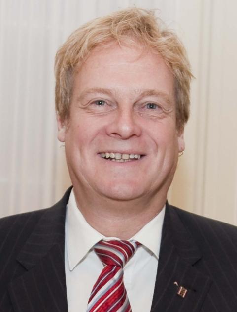 Dr. Michael Populorum